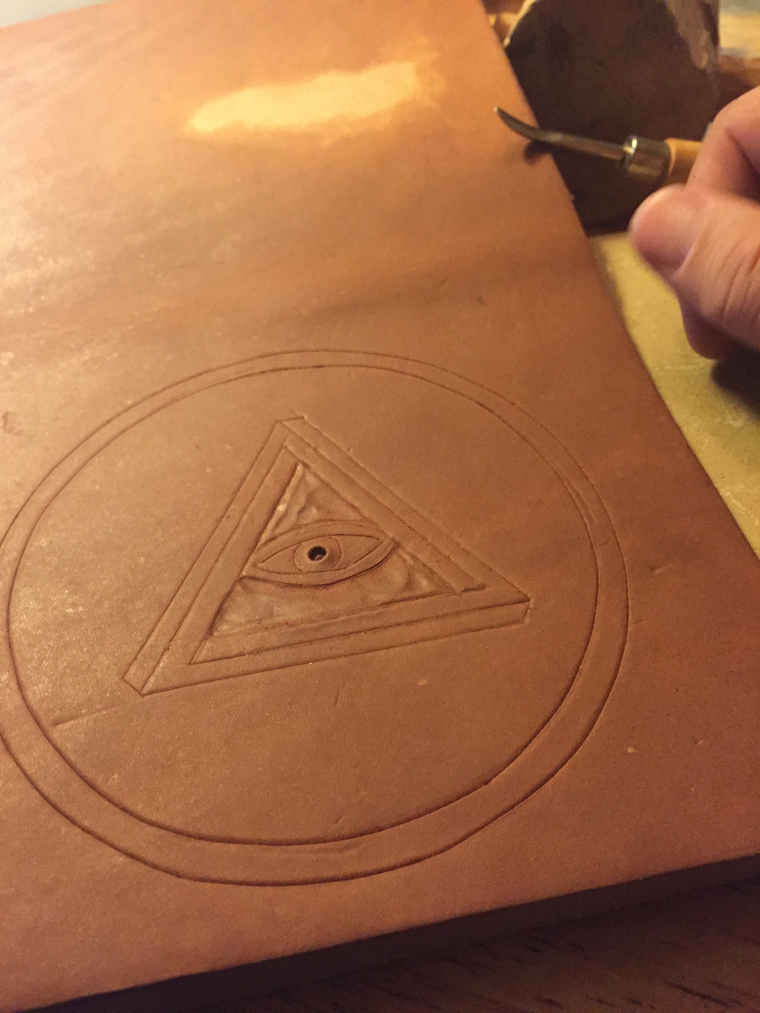 Making a Scrying Mirror Case